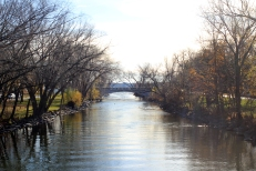 The Yahara River, which connects Lake Mendota and Lake Monona, on the Near East Side of Madison, Wisconsin.